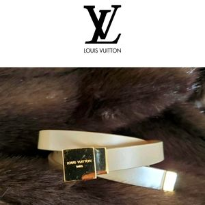 LOUIS VUITTON beige skinny belt gold buckle